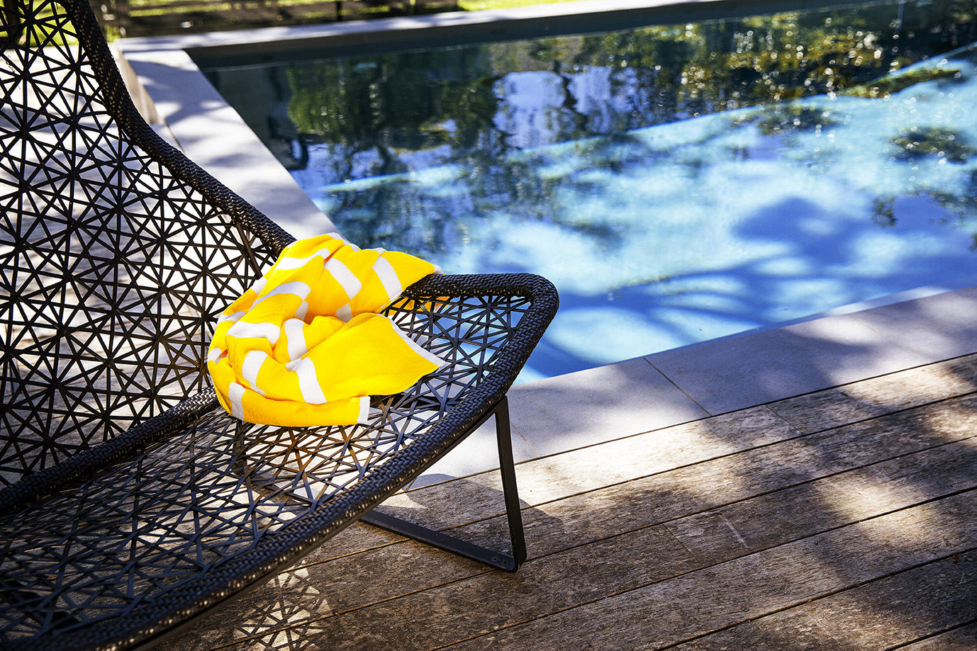 Poolside image (towel) - Ray White_Know How - landscape - low res (1)