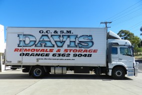 davis removals - website