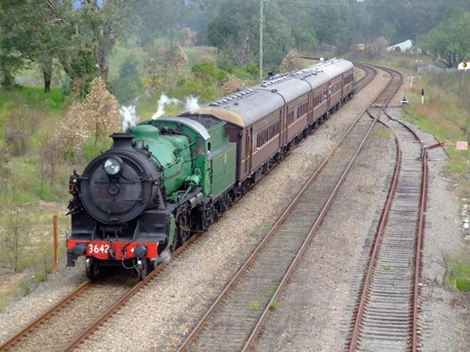 Quirindi locals get a taste of the Golden Age of Rail