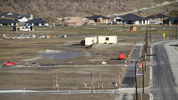 Construction at Shotover Country.  Photo Credit: John Edens